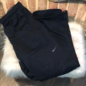 NIKE Therma-Fit lined pants